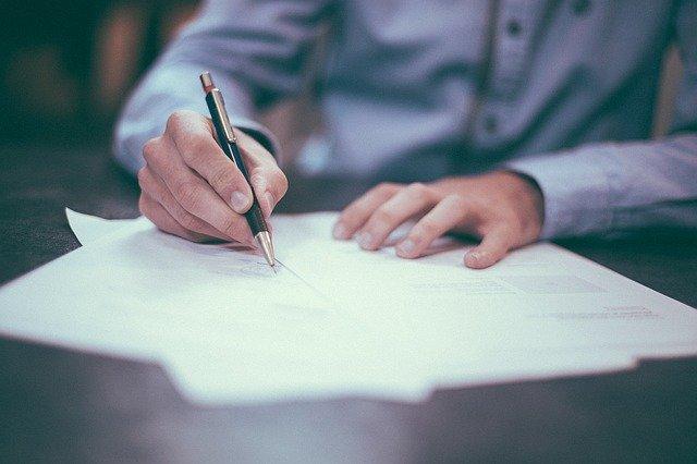 Podpis elektroniczny pod tłumaczeniem przysięgłym